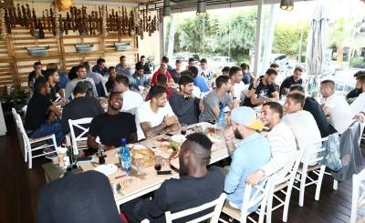 Το γεύμα της ποδοσφαιρικής ομάδας