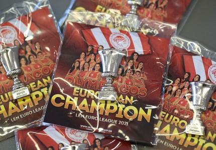 Πήραν το συλλεκτικό pin οι Πρωταθλήτριες Ευρώπης! (photos)