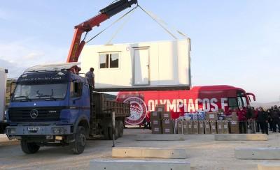 Δαμάσι: Άλλοι 8 οικίσκοι - δωρεά του Βαγγέλη Μαρινάκη, έφτασαν στους σεισμοπαθείς (video)