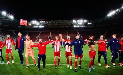 «Πολλά συγχαρητήρια στον Ολυμπιακό μας» (photo)