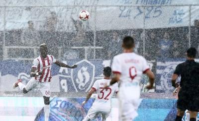 Βροχή λίγο πριν το ματς;