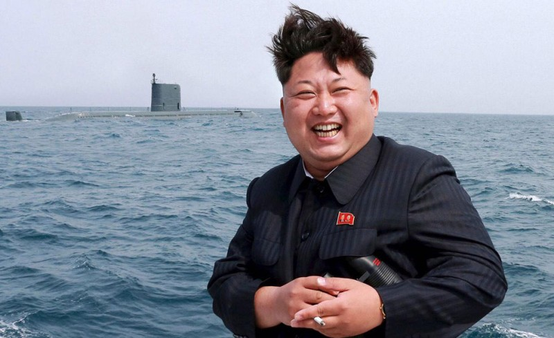 Δεν γίνονται μόνο στη Βόρειο Κορέα; Χα χα χα…