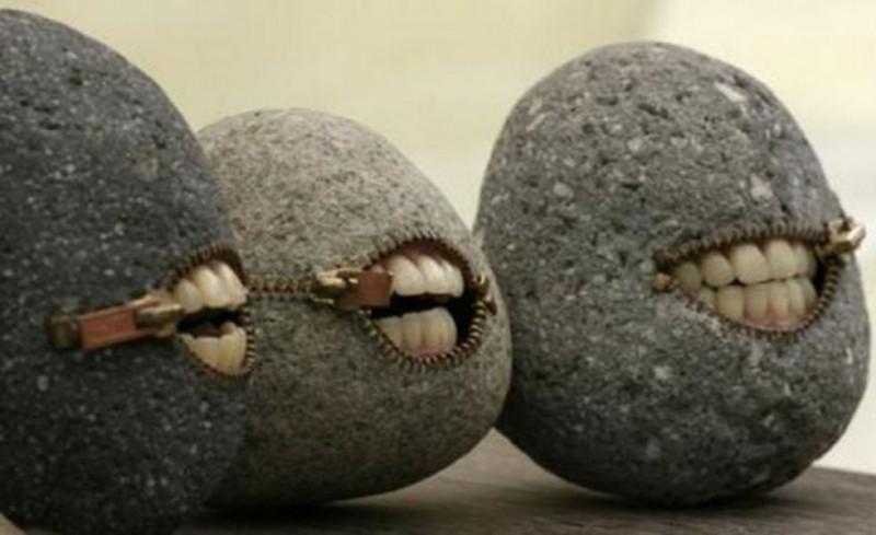 Γελάνε και οι πέτρες της Αγίας Σοφιάς με αυτά που λέτε!