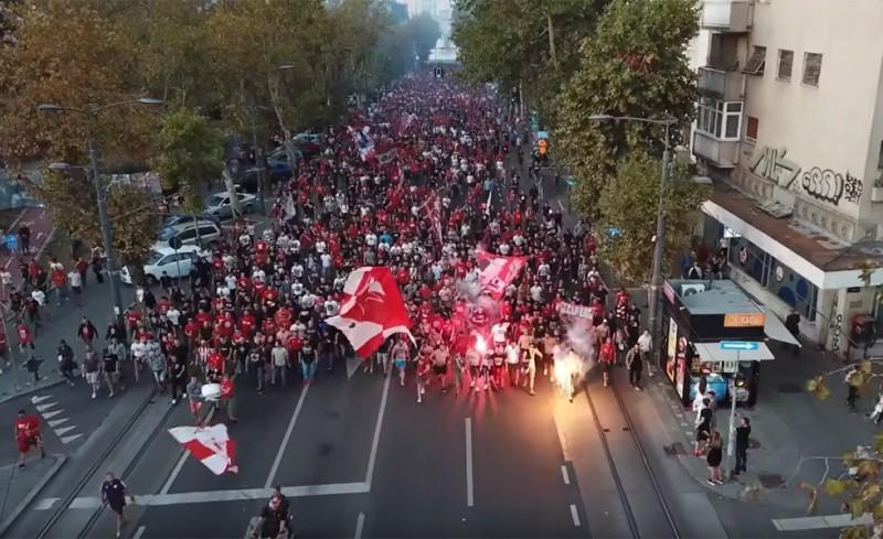 Το βίντεο της Θύρας 7 με την κοινή πορεία με τους Delije!